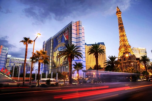 Las Vegas Strip at Dusk, Paradise, Las Vegas, Nevada, USA